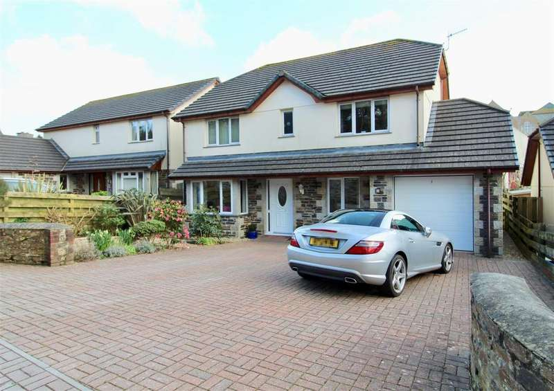 5 Bedrooms Detached House for sale in Lowarth Close, Helston