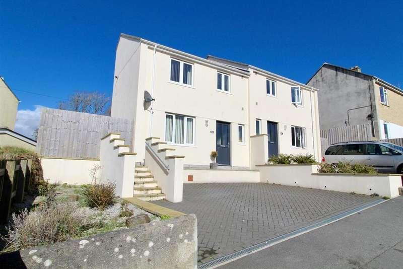 3 Bedrooms Semi Detached House for sale in Grange Road, Helston