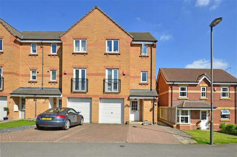 4 Bedrooms Town House for sale in 45, Stubley Drive, Dronfield Woodhouse, Dronfield, Derbyshire, S18