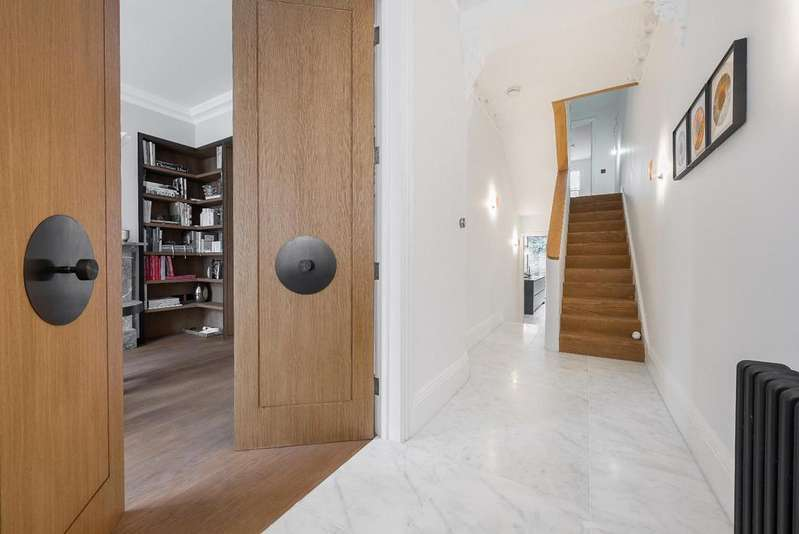 5 Bedrooms House for sale in GORST ROAD, SW11