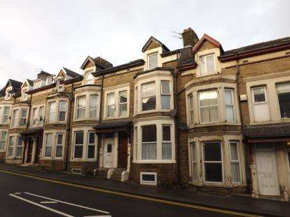 6 Bedrooms Terraced House for sale in Euston Grove, Morecambe, Lancashire, United Kingdom, LA4