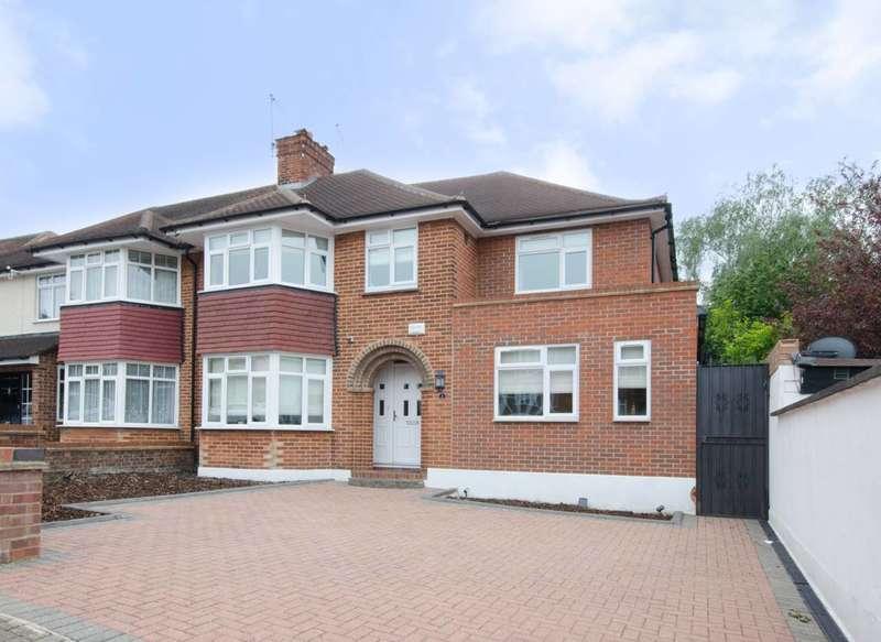 5 Bedrooms House for rent in Beverley Gardens, Wembley, HA9