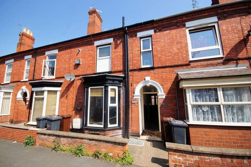 2 Bedrooms Terraced House for sale in Foster Street, Lincoln