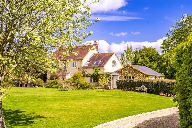 5 Bedrooms Detached House for sale in Downgate House, Shillingford, OX10