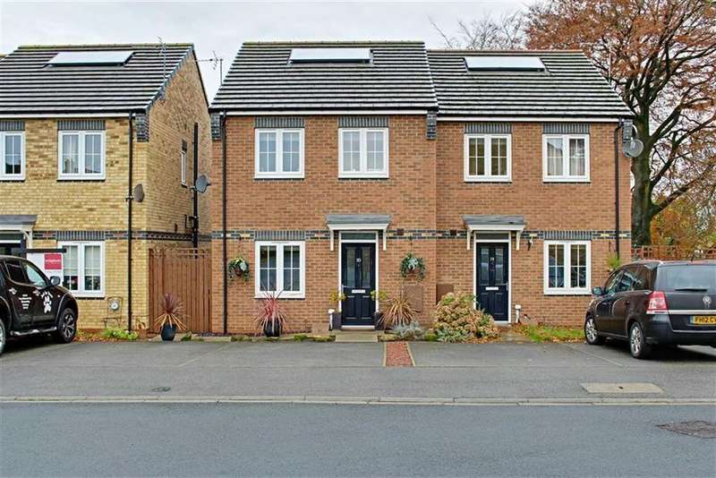 3 Bedrooms Semi Detached House for sale in Linden Close, Great Ayton
