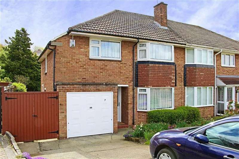 3 Bedrooms Semi Detached House for sale in Kent Close, Nunthorpe
