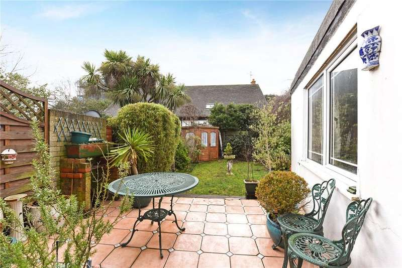 3 Bedrooms Terraced House for sale in Victoria Drive, London, SW19