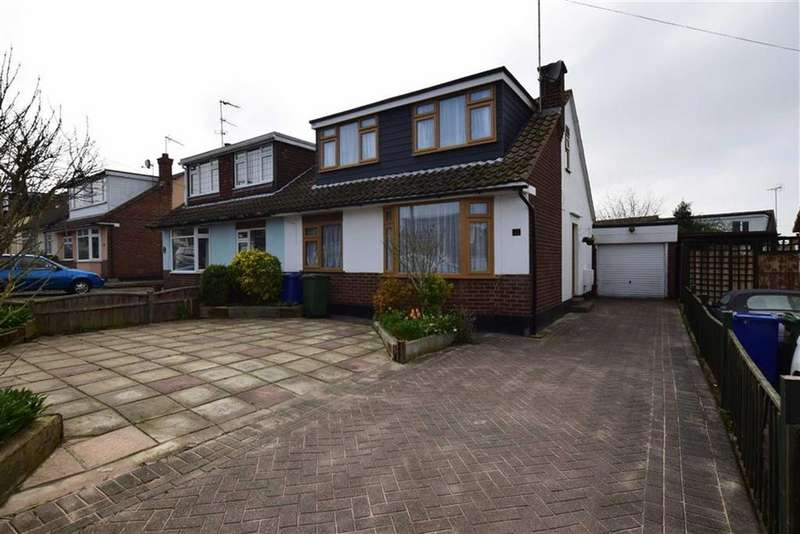 3 Bedrooms Semi Detached House for sale in Langdon Way, Old Corringham, Essex