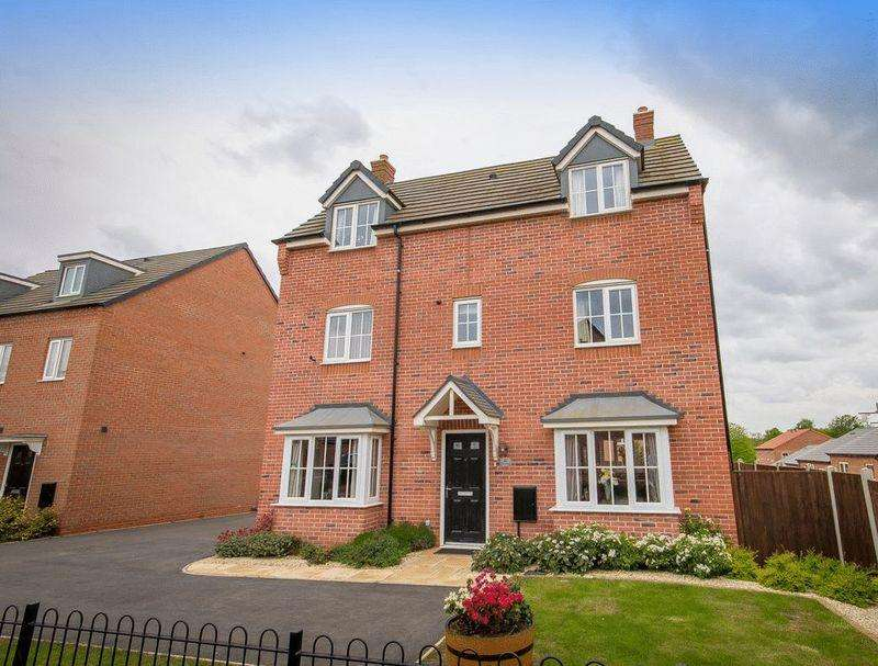 4 Bedrooms Detached House for sale in BATTERSEA PARK WAY, DERBY