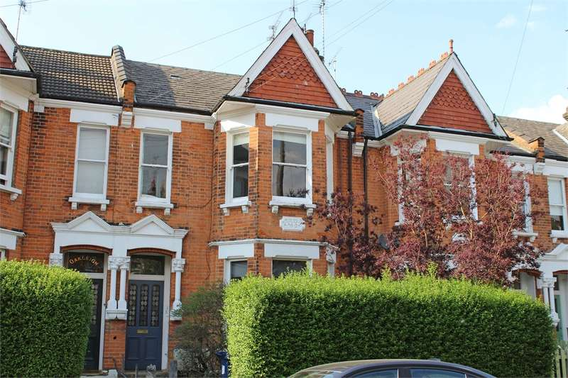 3 Bedrooms Flat for sale in Sutton Road, Muswell Hill, London