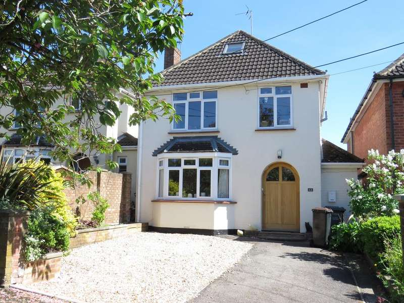 3 Bedrooms Detached House for sale in Farrs Avenue, Andover SP10