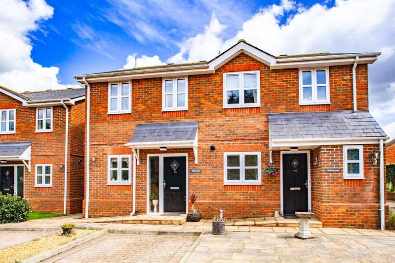 2 Bedrooms Semi Detached House for sale in Siskins, Woodcote, RG8