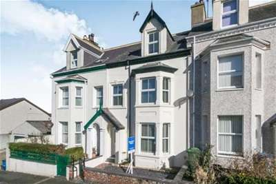 5 Bedrooms House for rent in Victoria Road, Caernarfon