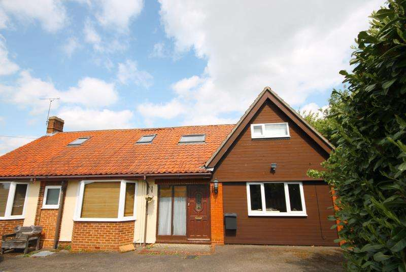 4 Bedrooms Semi Detached Bungalow for rent in Hillcrest Approach, Bramford, Ipswich, Suffolk