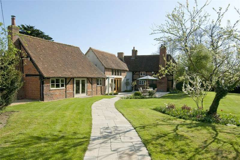 5 Bedrooms Detached House for rent in Poland Lane, Odiham, Hook, Hampshire, RG29