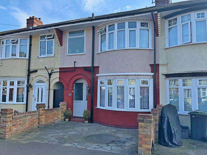 3 Bedrooms Terraced House for sale in Britannia Avenue, Luton