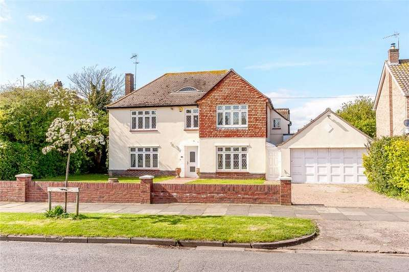 4 Bedrooms Detached House for sale in Ashlyns Road, Frinton-on-Sea, Essex, CO13