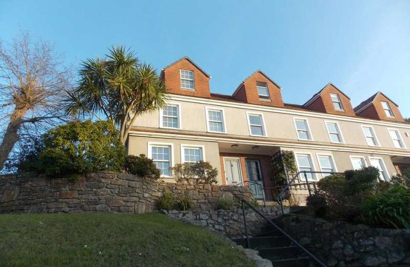 4 Bedrooms Property for sale in Avenue Road, Falmouth