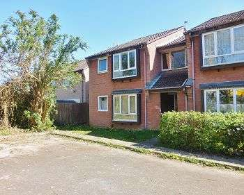 1 Bedroom Flat for sale in The Oaks, Merryoak, Southampton, SO19 7RP
