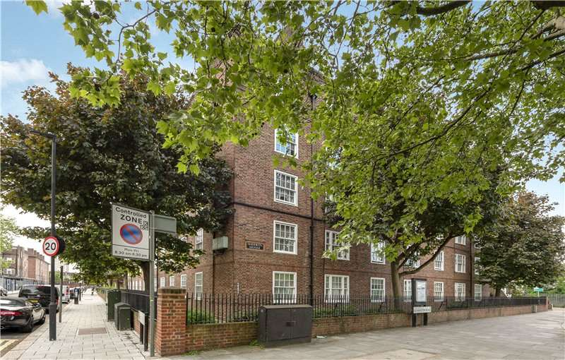 2 Bedrooms Flat for sale in Sherwin House, Kennington Road, Kennington, London, SE11