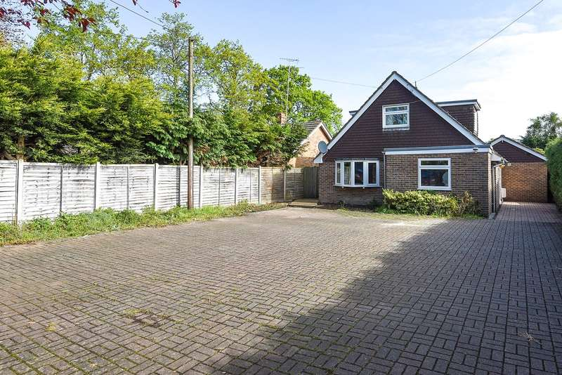4 Bedrooms Chalet House for sale in Barkham Ride, Finchampstead, RG40