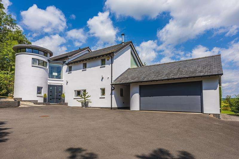 4 Bedrooms Detached House for sale in The Firs, Bosbury, Ledbury, Herefordshire, HR8 1HD