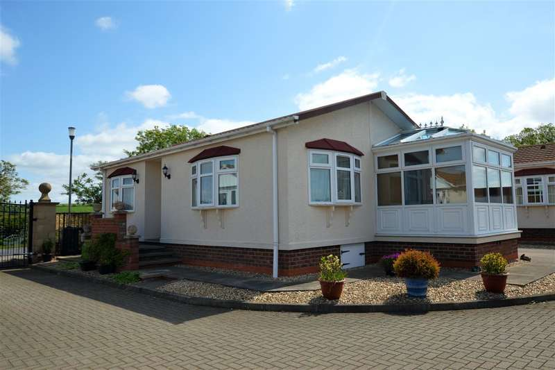2 Bedrooms Park Home Mobile Home for sale in Country View Park, Normanton On Cliffe, Grantham