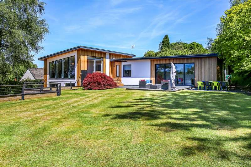 6 Bedrooms Detached House for sale in Chilworth Old Village, Chilworth, Southampton, Hampshire, SO16