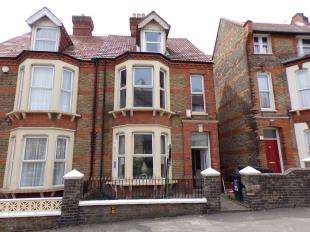 5 Bedrooms Semi Detached House for sale in Victoria Road, Ramsgate, Kent
