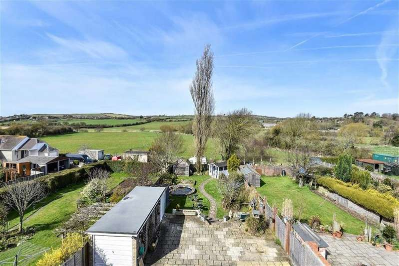 4 Bedrooms Detached House for sale in West Bay Road, West Bay, Dorset, DT6