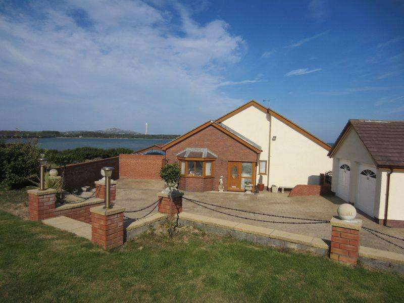 6 Bedrooms Detached Bungalow for sale in Gorwelion, Valley