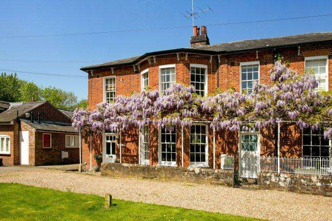 4 Bedrooms House for sale in Mill Lane, COOKHAM, SL6
