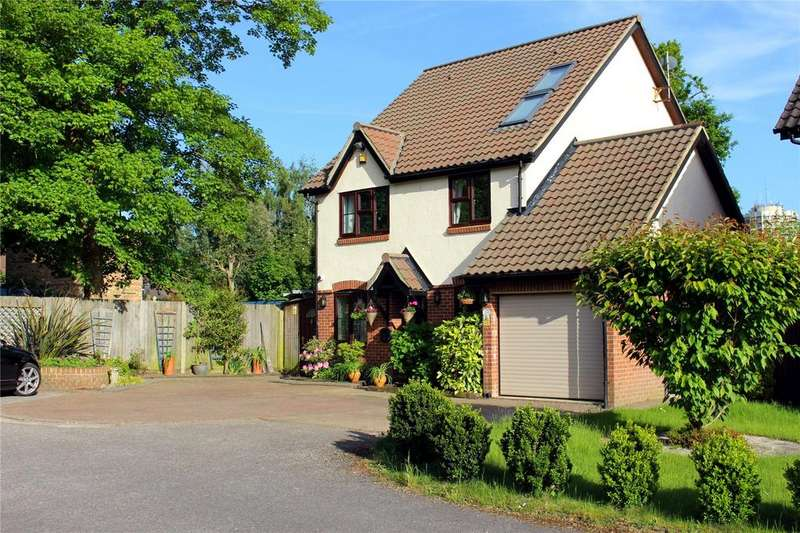 5 Bedrooms Detached House for sale in Wyvern Close, Bracknell, Berkshire, RG12