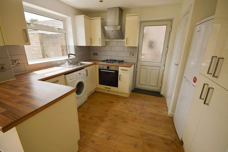 3 Bedrooms Detached House for rent in Arms Park Drive, Halfway, Sheffield, S20
