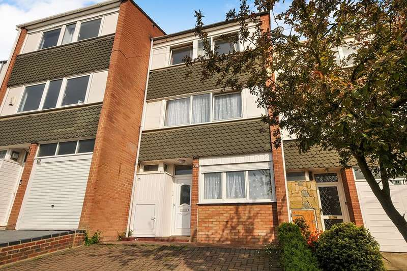 5 Bedrooms Property for rent in Hillbrow Road, Bromley, BR1