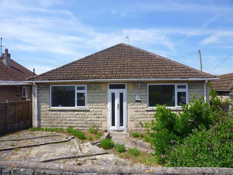 3 Bedrooms Detached Bungalow for rent in Greenway Gardens, Trowbridge