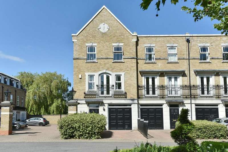 4 Bedrooms End Of Terrace House for sale in St. Martins Lane, Beckenham