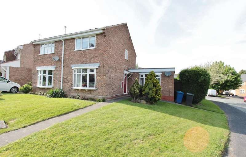 2 Bedrooms Semi Detached House for rent in Lapwing, Wilnecote