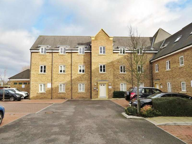 2 Bedrooms Apartment Flat for sale in College Close, Loughton
