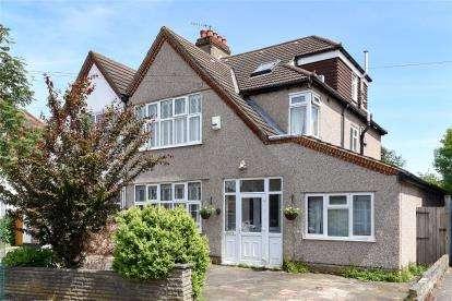 4 Bedrooms Semi Detached House for sale in Braemar Gardens, West Wickham