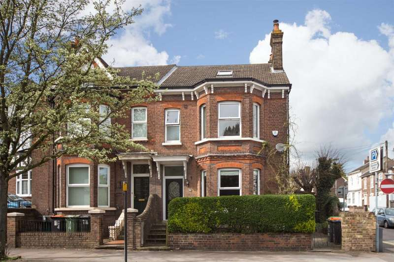 6 Bedrooms Semi Detached House for sale in West Street, Dunstable