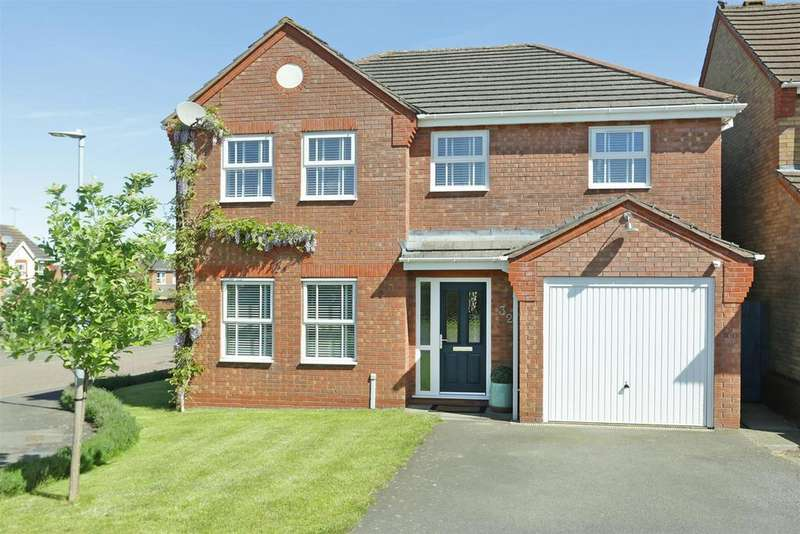 4 Bedrooms Detached House for sale in Ryelands Close, Market Harborough