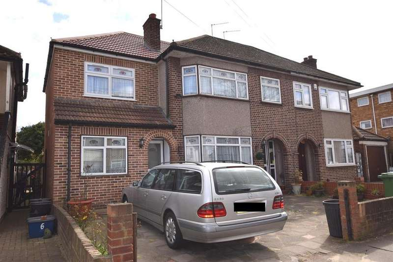 4 Bedrooms Semi Detached House for sale in Chadwell Avenue, Chadwell Heath, Romford