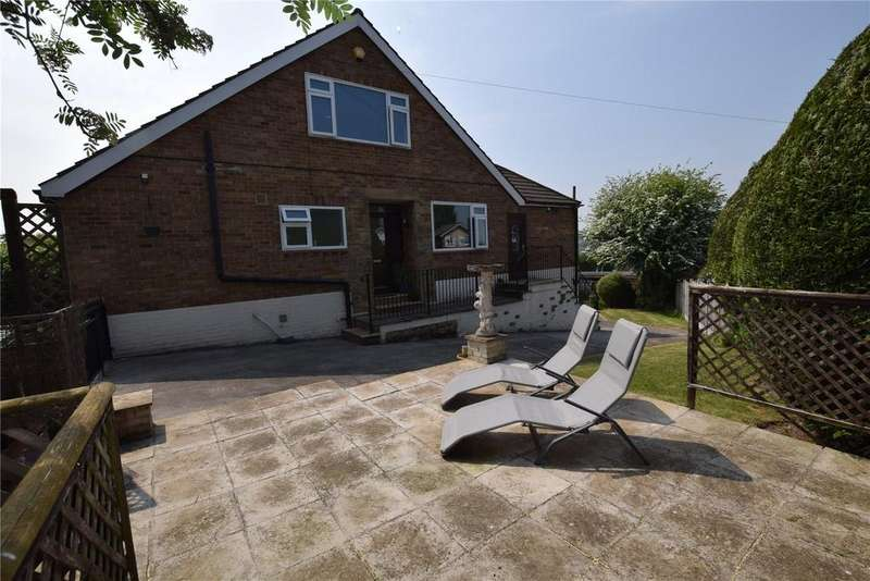 4 Bedrooms Semi Detached House for sale in Blue Hill Lane, Leeds