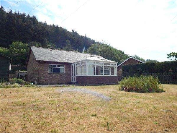 2 Bedrooms Detached Bungalow for sale in Ty Canol, Cwm Farm Road, Abertillery, NP13 2PA