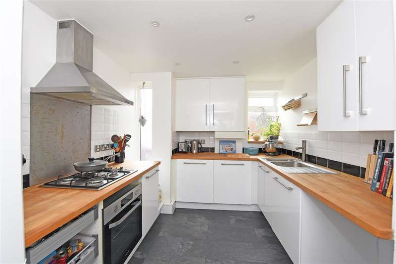 2 Bedrooms Apartment Flat for sale in Bodnant Gardens, Raynes Park