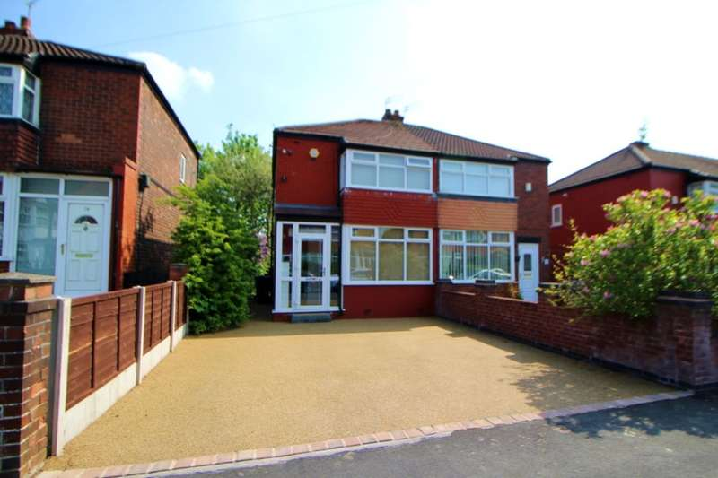 2 Bedrooms Semi Detached House for sale in Davenham Road, Reddish, Stockport, SK5
