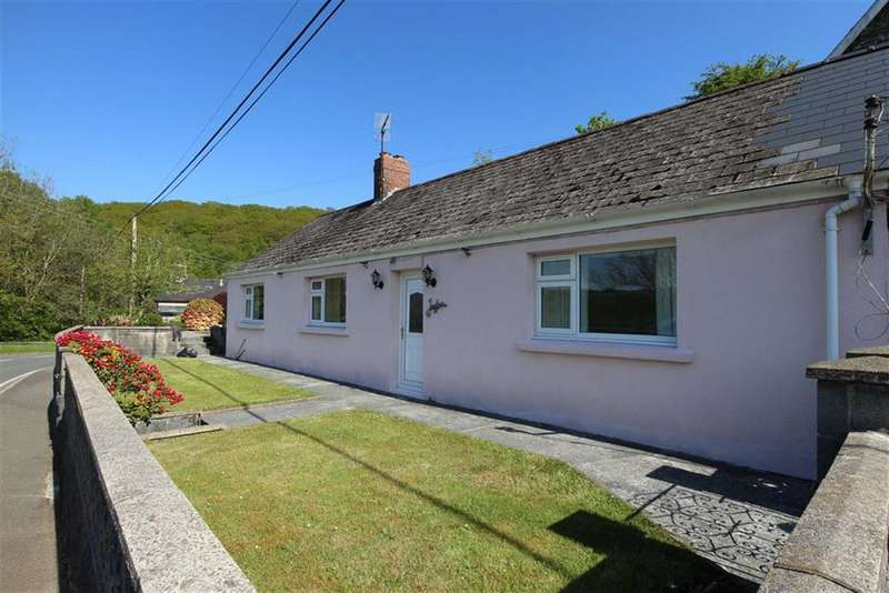 3 Bedrooms Detached Bungalow for sale in Ysbyty Ystwyth, Ystrad Meurig