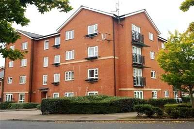 2 Bedrooms Flat for rent in Boundary Road, Erdington