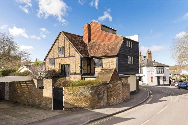 4 Bedrooms Detached House for sale in High Street, Thames Ditton, Surrey, KT7